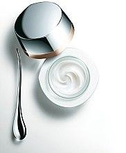 Augenkonturcreme - Kanebo Sensai Cellular Performance Lift Remodelling Eye Cream — Bild N2