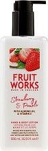 Düfte, Parfümerie und Kosmetik Hand- und Körperlotion mit Vitamin E und Mandelöl - Grace Cole Fruit Works Hand & Body Lotion Strawberry & Pomelo