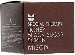 Düfte, Parfümerie und Kosmetik Nährendes und glättendes Gesichtspeeling mit schwarzem Zucker und Honigextrakt - Mizon Honey Black Sugar Scrub