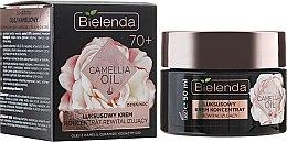 Düfte, Parfümerie und Kosmetik Revitalisierende Lifting-Creme mit Kamelienöl 70+ - Bielenda Camellia Oil Luxurious Cream 70+