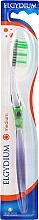 Düfte, Parfümerie und Kosmetik Zahnbürste mittel Inter-Active grün-transparent - Elgydium Inter-Active Medium Toothbrush