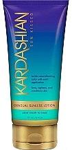 Düfte, Parfümerie und Kosmetik Feuchtigkeitsspendende Bräunungslotion mit Sheabutter - Australian Gold Kardashian Sun Kissed Gradual Sunless Lotion