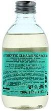 Feuchtigkeitsspendendes und revitalisierendes Shampoo für Haar und Körper mit Färberdistel-, Sonnenblumen-, Sesam- und Jojobaöl - Davines Authentic Cleansing Nectar — Bild N2