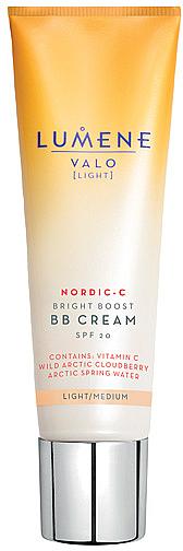 Aufhellende BB Creme mit Vitamin C und arktischer Moltebeere SPF 20 - Lumene Valo Bright Boost BB Cream SPF20