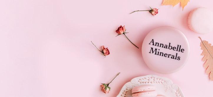 Holen Sie sich einen Mineralpuder geschenkt beim Kauf von Aktionsprodukten der Marke Annabelle Minerals