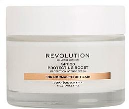 Düfte, Parfümerie und Kosmetik Feuchtigkeitsspendende Gesichtscreme für normale und trockene Haut mit Sonnenschutz SPF 30 - Revolution Skincare Protecting Boost SPF30
