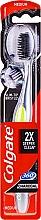 """Düfte, Parfümerie und Kosmetik Zahnbürste mittel """"360° Charcoal"""" schwarz-grün - Colgate 360 Charcoal Infused Toothbrush Medium Bristles"""