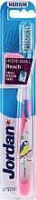 Düfte, Parfümerie und Kosmetik Zahnbürste mit Schutzkappe mittel Individual Reach transparent-rosa mit Vogel - Jordan Individual Reach Medium Toothbrush