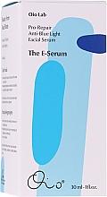 Düfte, Parfümerie und Kosmetik Feuchtigkeitsspendendes, regenerierendes und glättendes Anti-blaues Licht Gesichtsserum - Oio Lab The E-serum Pro-Repair Anti Blue Light Facial Serum