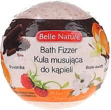Düfte, Parfümerie und Kosmetik Badebombe mit Walderdbeere und weißen Blumen orange - Belle Nature