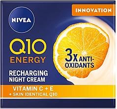 Düfte, Parfümerie und Kosmetik Gesichtscreme mit Vitamin C und E für die Nacht - Nivea Q10 Energy Recharging Night Cream