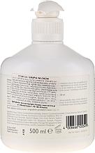 Mildes Shampoo für Haar und Kopfhaut - Alcina Hair Care Haar Therapie Shampoo — Bild N4