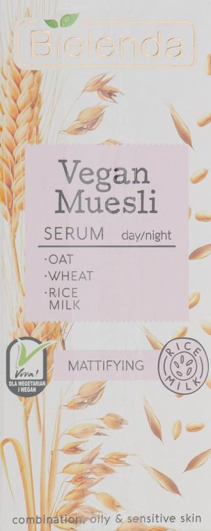 Mattierendes Gesichtsserum mit Weizenkeimöl, Haferextrakt und Reismilch - Bielenda Vegan Muesli Serum