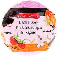 Düfte, Parfümerie und Kosmetik Badebombe mit Walderdbeere und weißen Blumen rosa - Belle Nature