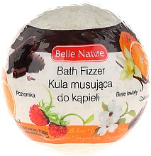 Düfte, Parfümerie und Kosmetik Badebombe mit Walderdbeere und weißen Blumen grün - Belle Nature