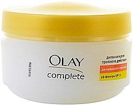 Düfte, Parfümerie und Kosmetik Feuchtigkeitscreme mit Vitaminen LSF 15 - Olay Complete Day Cream