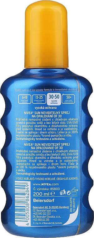 Erfrischendes Sonnenschutzspray SPF 30 - Nivea Sun Care Invisible Protection Spray — Bild N2