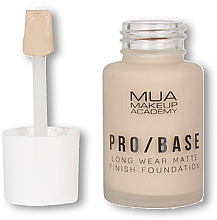 Düfte, Parfümerie und Kosmetik Foundation mit mattem Finish - MUA Pro Base Long Wear Matte Finish Foundation