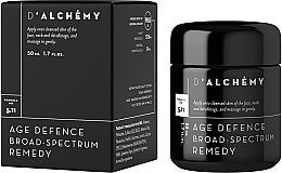 Düfte, Parfümerie und Kosmetik Gesichtscreme für hormonelle Veränderungen und Verfärbungen - D'Alchemy Age Defense Broad Spectrum Remedy