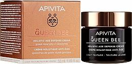 Düfte, Parfümerie und Kosmetik Leichte Anti-Aging Gesichtscreme mit griechischem Gelée Royale in Liposomen - Apivita Queen Bee Holistic Age Defence Cream Light Texture